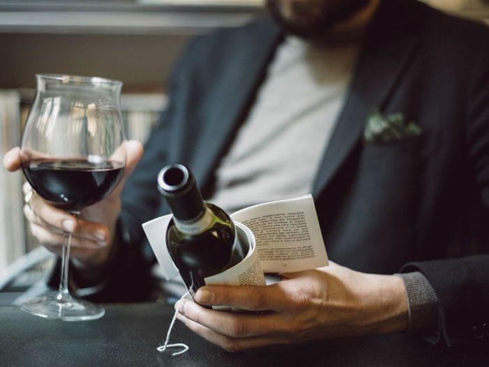 Vinícola Italiana lança vinho com livros no lugar de rótulos