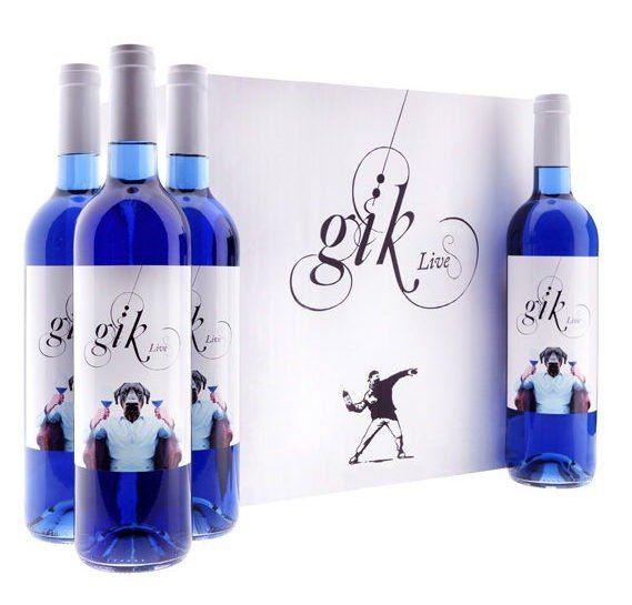 O que é o tal do Vinho Azul: é realmente um vinho ou uma modinha?