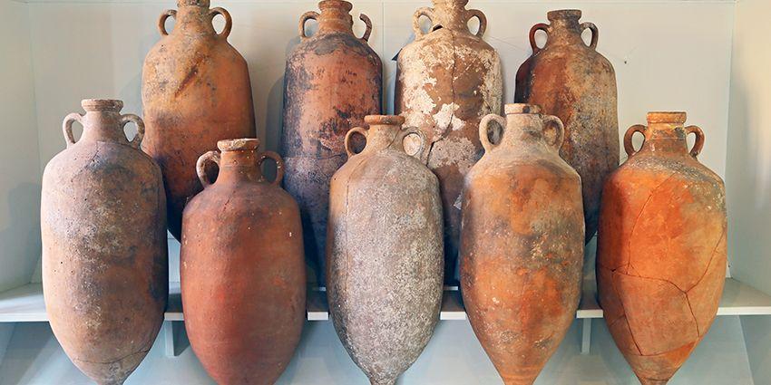 ancient-wine-amphora.jpg