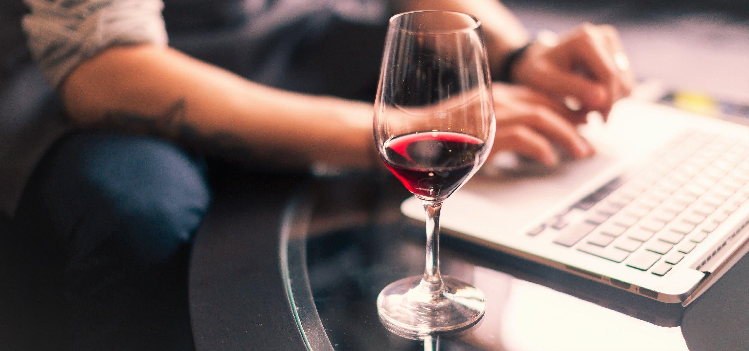comprar-vinho-online.jpg
