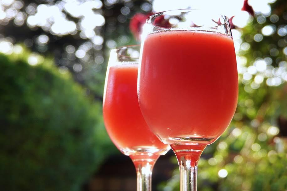 Batidinha de vinho com morango