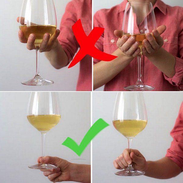 Como Segurar a Taça de Vinho Corretamente